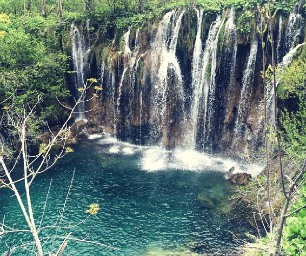 Plitvice Lakes Waterfall Group Tour